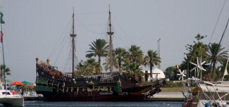 Tunéziai vitorlás hajó