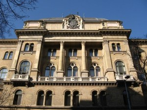 Főváros bíróság